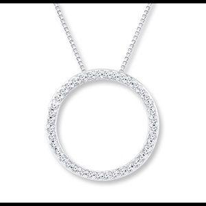 Jewelry - Diamond circle necklace